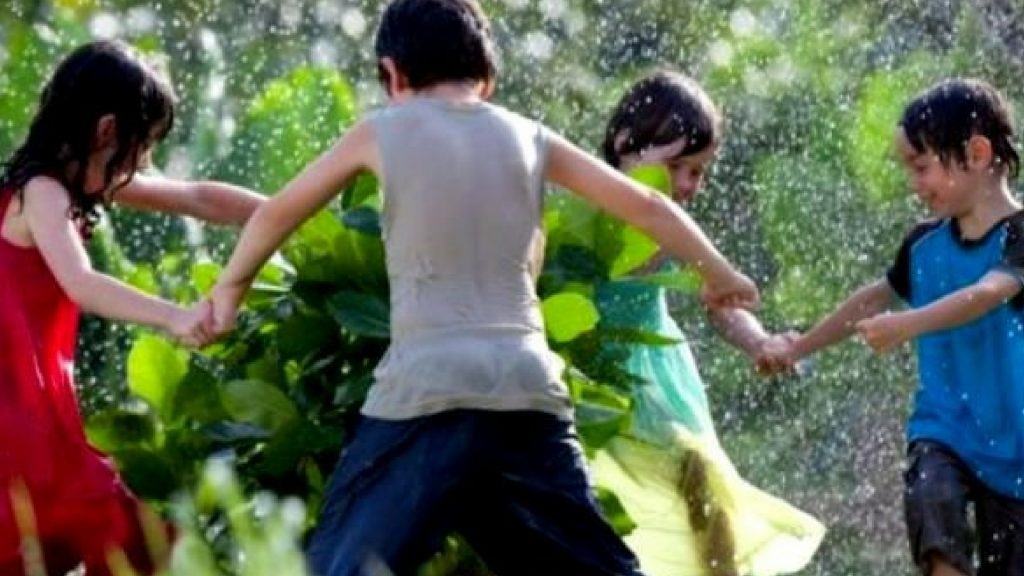 Festa Infantil: Grupo Entre Notasfaz animação com música